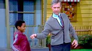 News video: Won't You Be My Neighbor? - Official Trailer 2