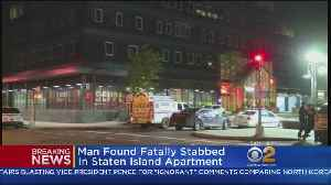 News video: Man Found Fatally Stabbed In Staten Island Apartment
