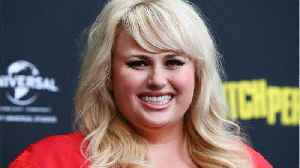 Rebel Wilson's Vogue Australia cover was NOT Photoshopped, and she shared the pics to prove it