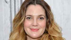 News video: Drew Barrymore Rescues Bleach-Fried Hair