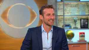 News video: Alexi Lubomirski on how he got the queen to smile in royal wedding photo