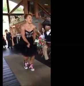 News video: Wedding party delivers epic entrance dance routine