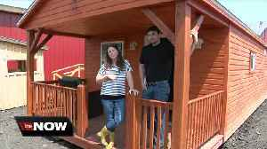 News video: They partnered with an Amish family to create tiny houses