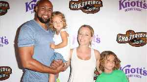 News video: Kendra Wilkinson Reunites With Hank