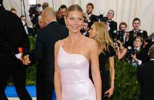 News video: Gwyneth Paltrow can't 'imagine' being in love with Chris Martin