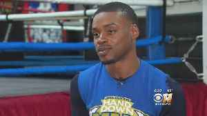 News video: Errol Spence Prepares For Boxing Match At The Star