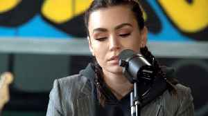 News video: Sophie Simmons at Baeble HQ - 03.09.2018
