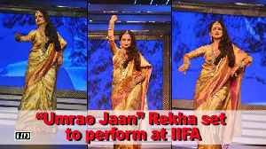 """Umrao Jaan"" Rekha returns to stage performance at IIFA"