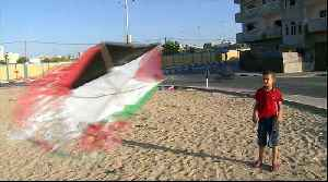 Israeli officials call for snipers to target Gaza's kite flyers [Video]