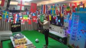News video: Beer, noodles and TV: Chinese woman transforms living room into ultimate World Cup man cave for husband