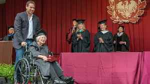 90-Year-Old Great Grandmother Finally Gets College Diploma