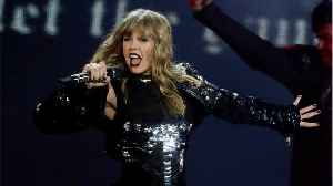 Taylor Swift Gets Roses From U2 Before Dublin Concert [Video]