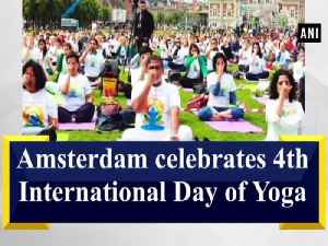 Amsterdam celebrates 4th International Day of Yoga [Video]