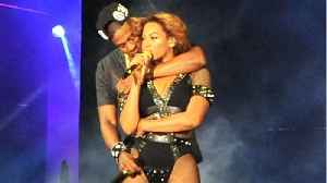 News video: Beyoncé, Jay-Z Thrill Fans With Surprise Al