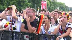 News video: Disappointment in Berlin fan zone as Mexico win 1-0