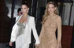 News video: Bella and Gigi Hadid 'order takeaway' when hanging out