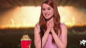 MTV TV Awards: Madelaine Petsch Wins Scene Stealer Award [Video]