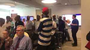 Taxi drivers disrupt airport authority meeting