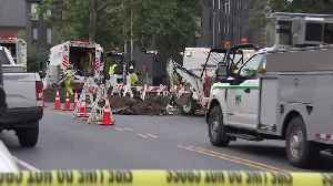 Update: Manhole Explosion Injures 3 Workers