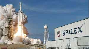 U.S. Air Force Awards SpaceX Its Falcon Heavy Contract