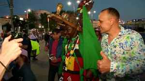 Honours even for Japan and Senegal fans with World Cup hopes still alive [Video]