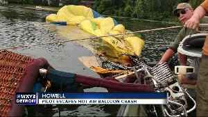 Pilot escapes hot air balloon crash in Howell