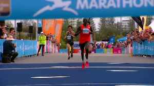 Double Kenyan victory in Gold Coast Marathon [Video]