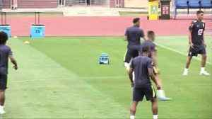 Willian aiming to send Chelsea team mate Hazard home early [Video]
