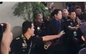 Former Prime Minister of Malaysia Arrives in Court to Face Graft Charges [Video]
