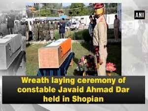 Wreath laying ceremony of constable Javaid Ahmad Dar held in Shopian [Video]