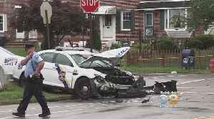 2 Philly Police Cars Collide In Mayfair [Video]