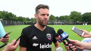 Rooney joins new DC United team mates for training [Video]