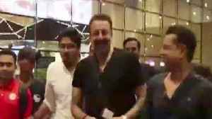 News video: Sanjay Dutt Recently Faught with Media on Mumbai Airport