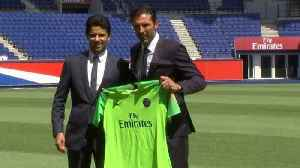 Veteran Italian goalkeeper Buffon arrives at Paris Saint-Germain [Video]