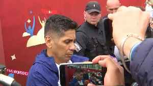 Mexico's Jorge Campos meets with fans, says 2018 World Cup is about team work [Video]