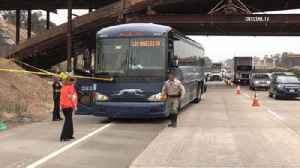 Bus stabbing sends victim to hospital with life-threatening injuries, ends in arrest [Video]