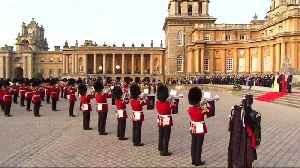 Trump greeted with British pomp at Blenheim Palace [Video]