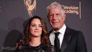 Rose McGowan, Olivia Munn & More Stand Up for Asia Argento in Open Letter About Anthony Bourdain's Suicide | THR News [Video]