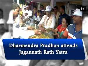Dharmendra Pradhan attends Jagannath Rath Yatr [Video]