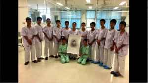 Thai Boys Pay Tribute To Navy SEAL Who Died In Rescue [Video]