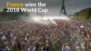 French soccer fans celebrate World Cup victory [Video]