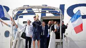 Les Bleus touch down in Paris for victory parade [Video]