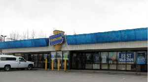 There Is Only One Blockbuster Video Left [Video]