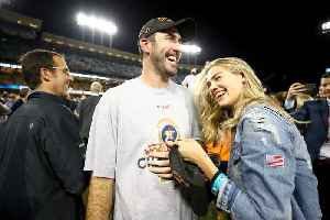 Kate Upton Is Pregnant [Video]