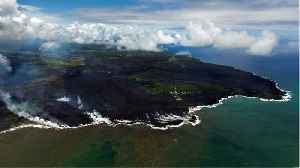 Volcanic Lava 'Bomb' Injures 22 People On Tour Boat In Hawaii [Video]