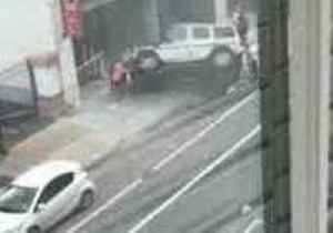 New Orleans Football Player, Bystanders Overturn Car That Fell From Garage [Video]