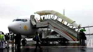 'Bird of peace': First direct Ethiopia-Eritrea flight in 20 years [Video]