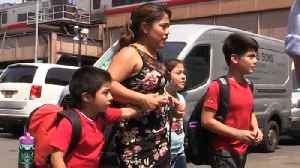 Mother Reunites With Her Children Thanks to Crowdfunding [Video]