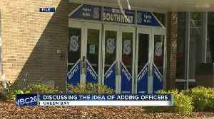 Some Green Bay schools could see more resource officers [Video]