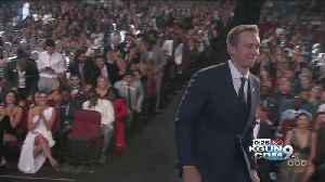 Nick Foles grabs ESPY [Video]
